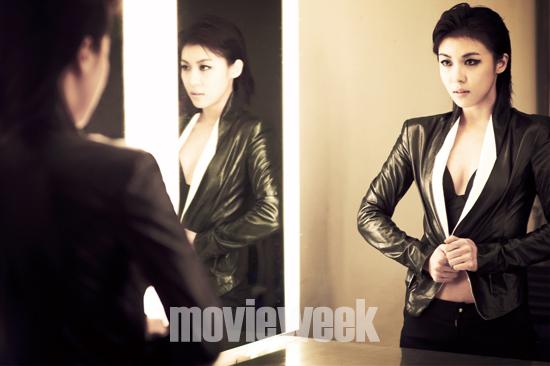 20110825-Ha-Ji-Won.jpg