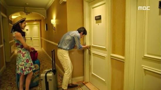 Opening hotel door